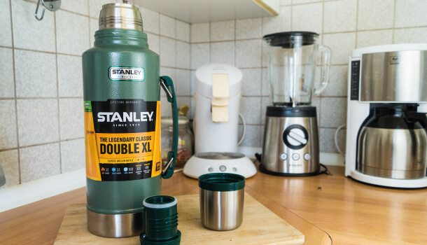 Im Test: Die Stanley Thermoskanne Double XL.