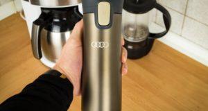 Becher frontal mit Audi Branding zum kaufen