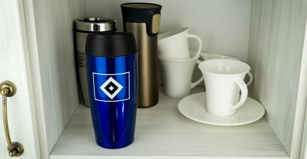 HSV Thermobecher im Schrank für Testbericht
