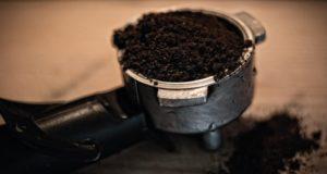 Zubereitung von kaffee.